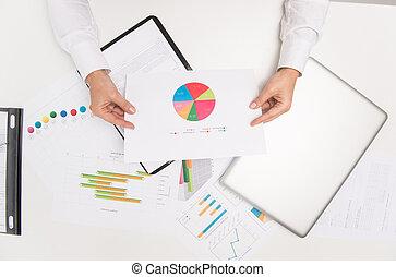 closeup, de, executiva, mãos, segurando, paper.,...
