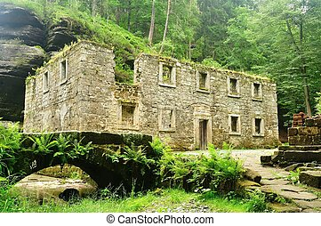 Old mill with Kamenice river - Old Dolsky mill with Kamenice...