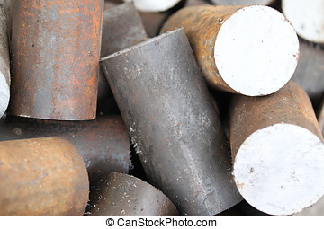 Round billet of metal raw materials for further processing