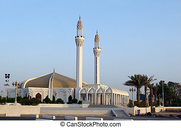 Mosque in Jeddah - A mosque by the sea in Jeddah