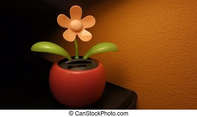 Solar dancing flower - Solar dancing flower toy, powered...