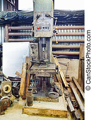 boring machine in turning work shop - old boring machine in...
