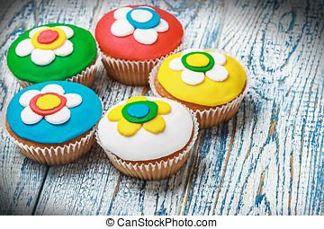 Cupcakes, cubierto, con, mastic, ,