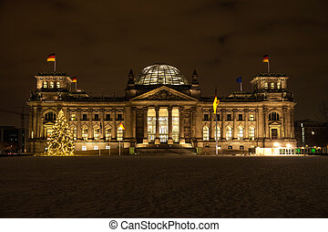 bundestag in berlin by night in december