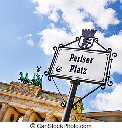 pariser platz - brandenburger tor and pariser platz in...