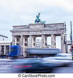 traffic at brandenburger tor in winter