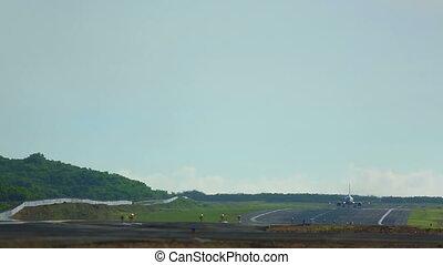 Take-off - Boeing 737 take-off, International Phuket...
