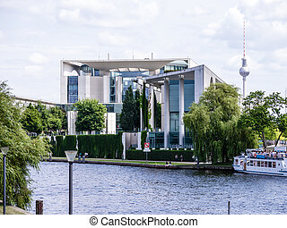 bundeskanzleramt in berlin - bundeskanzleramt near the spree...