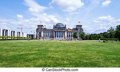 bundestag in berlin - panoramic view on bundestag in berlin...