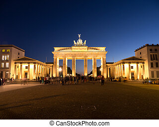 brandenburger tor berlin - brandenburger tor in berlin in...