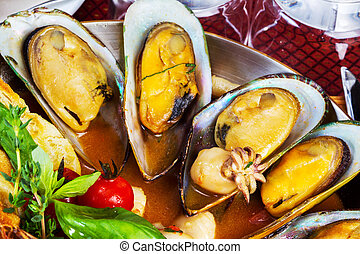 cocinado, mejillones, y, mariscos, salsa, selectivo, foco,