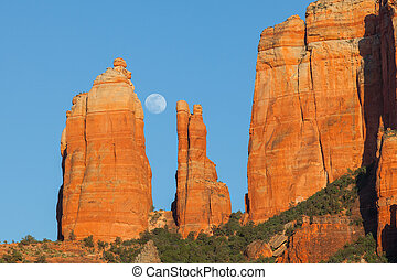 Cathedral Rock Moonrise - the full moon rising over...