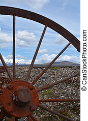 Old wagon wheel in Tongariro National Park - NATIONAL PARK,...