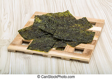 Nori - Dry nori - seaweed asian snack for sushi
