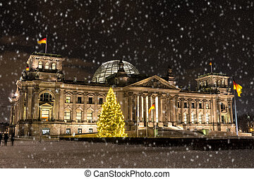 bundestag at christmas time in berlin