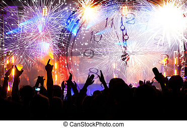 Tłum, usługiwanie, dla, nowy, rok,