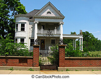 Vacant Victorian - Old Victorian house now vacant.
