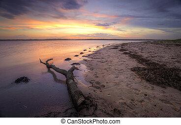 Sunset at Bonna Point NSW Australia - Beautiful sunset on...