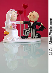 Topper cake - Married couple figures with red hearts