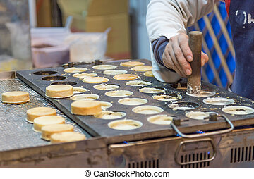 Chelun bing at a night market - Chelun bing cartwheel pies...
