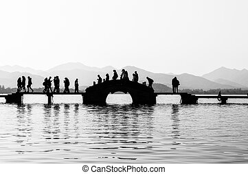 Silhouette Bridge - Silhouette bridge in Black and White at...