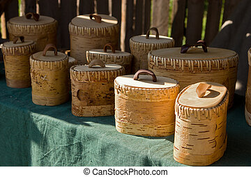 Boxes made from birchbark - Boxes with lids made from...