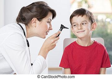 doutor, examinando, pequeno, paciente,