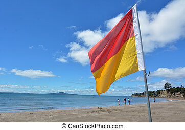 New Zealand Lifeguards in Auckland New Zealand - AUCKLAND -...