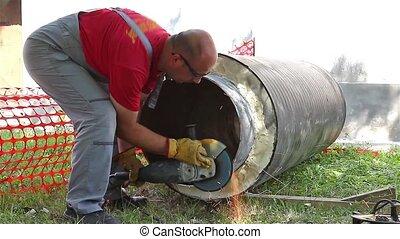 Team for metal works - Metalworkers are preparing pipeline...