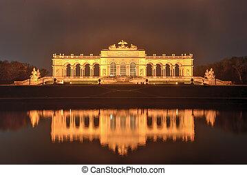 Gloriette in Schoenbrunn Palace Gardens - Vienna, Austria -...