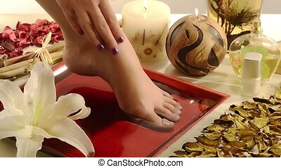 aromatic relaxing foot bath