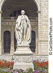 Lord Curzon - Monument of Lord Curzon in front of Victoria...