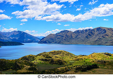 Lake Wanaka and Mt Aspiring, New Zealand lake hill field