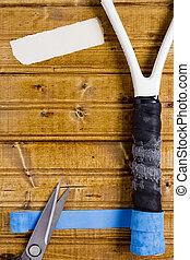 Repair set for tennis racket - Repair coverage for the...