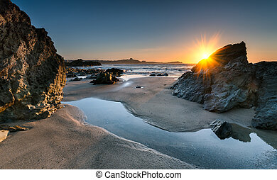 Lusty Glaze - Sunset on Lusty Glaze beach at Newquay in...