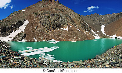 Altai mountains - Beautiful Blue Lake at the Aktru mountains...