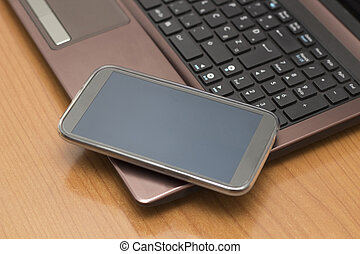 Smart Phone on the Keyboard