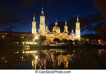 Cathedral  and Ebro  in night. Zaragoza