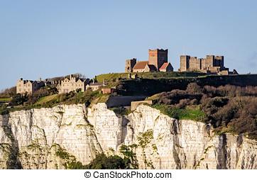 Dover, Inglaterra, branca, penhascos, e, castelo,