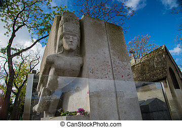 Famous writer Oscar Wilde tomb in Paris, France - Famous...