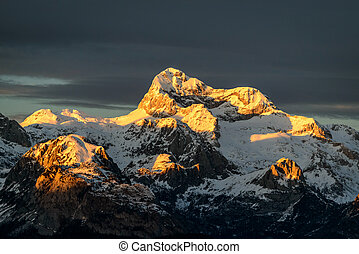 Triglav peak 2864m at sunset, Julian Alps, Slovenia, Europe...