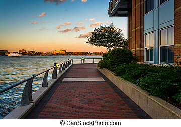 Walkway along the waterfront at Battery Wharf, in Boston,...
