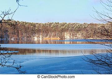 Winter Lake Landscape - View across partially frozen Lake...