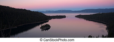 Dusk Protected Cove Emerald Bay Fannette Island Lake Tahoe -...