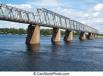 Petrivskiy, 鐵路, 橋梁, 在, Kyiv, (Ukraine), 橫跨, the, Dnieper,