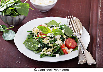 Pasta salad with orzo, spinach and feta - Pasta salad with...