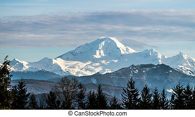 View of dormant volcano Mount Baker - View of Mount Baker in...