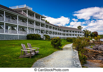 Waterfront path and hotel in Bar Harbor, Maine.