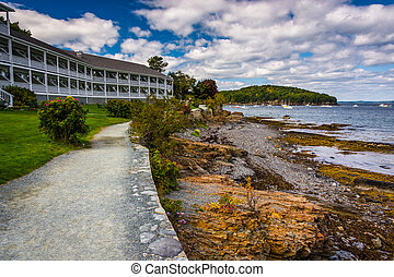 Waterfront path and hotel in Bar Harbor, Maine