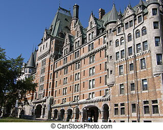 Le ChAtilde;cent;teau Frontenac in Quebec City, Canada - Le...